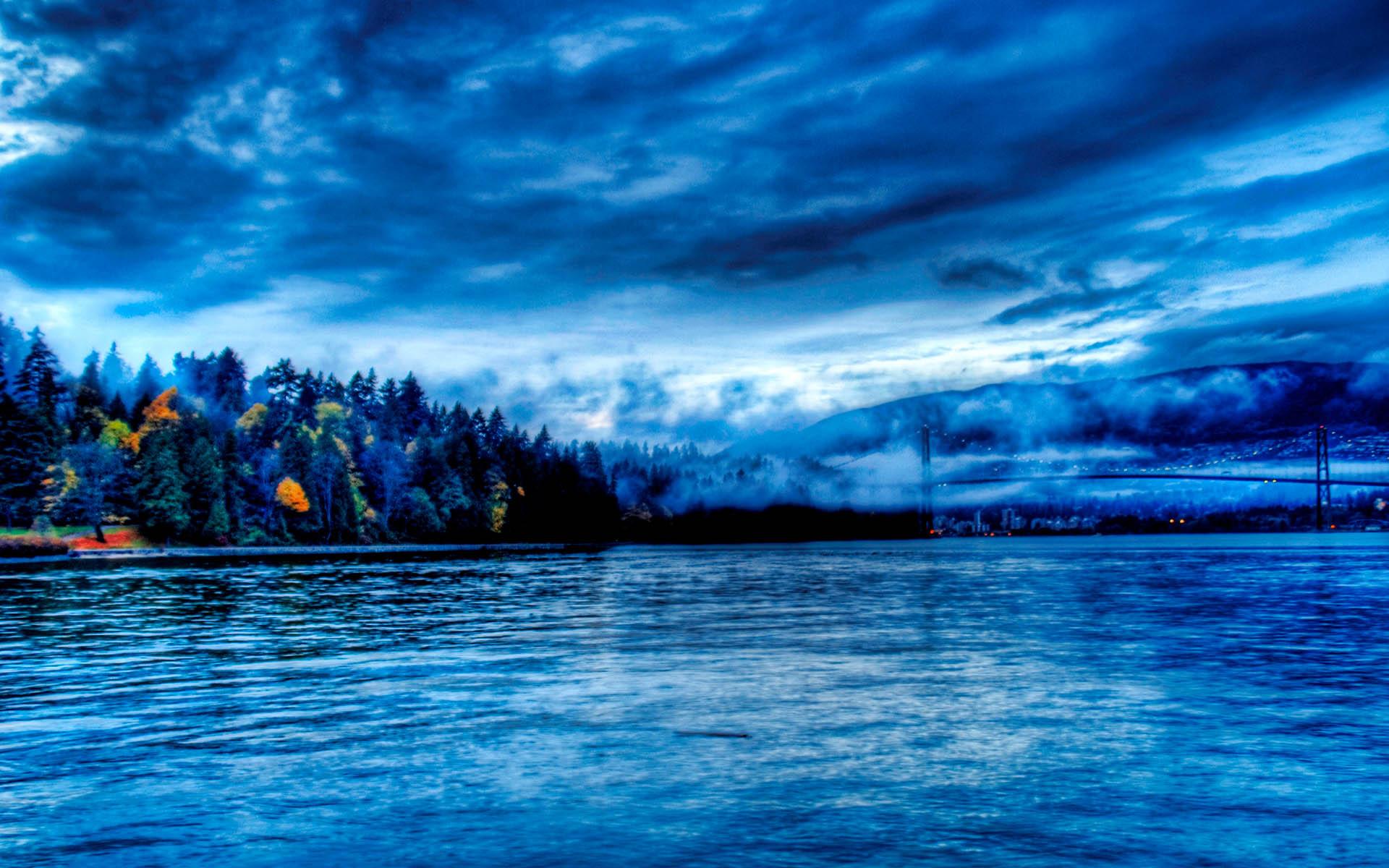 amazing-blue-water-hd-wallpaper-010