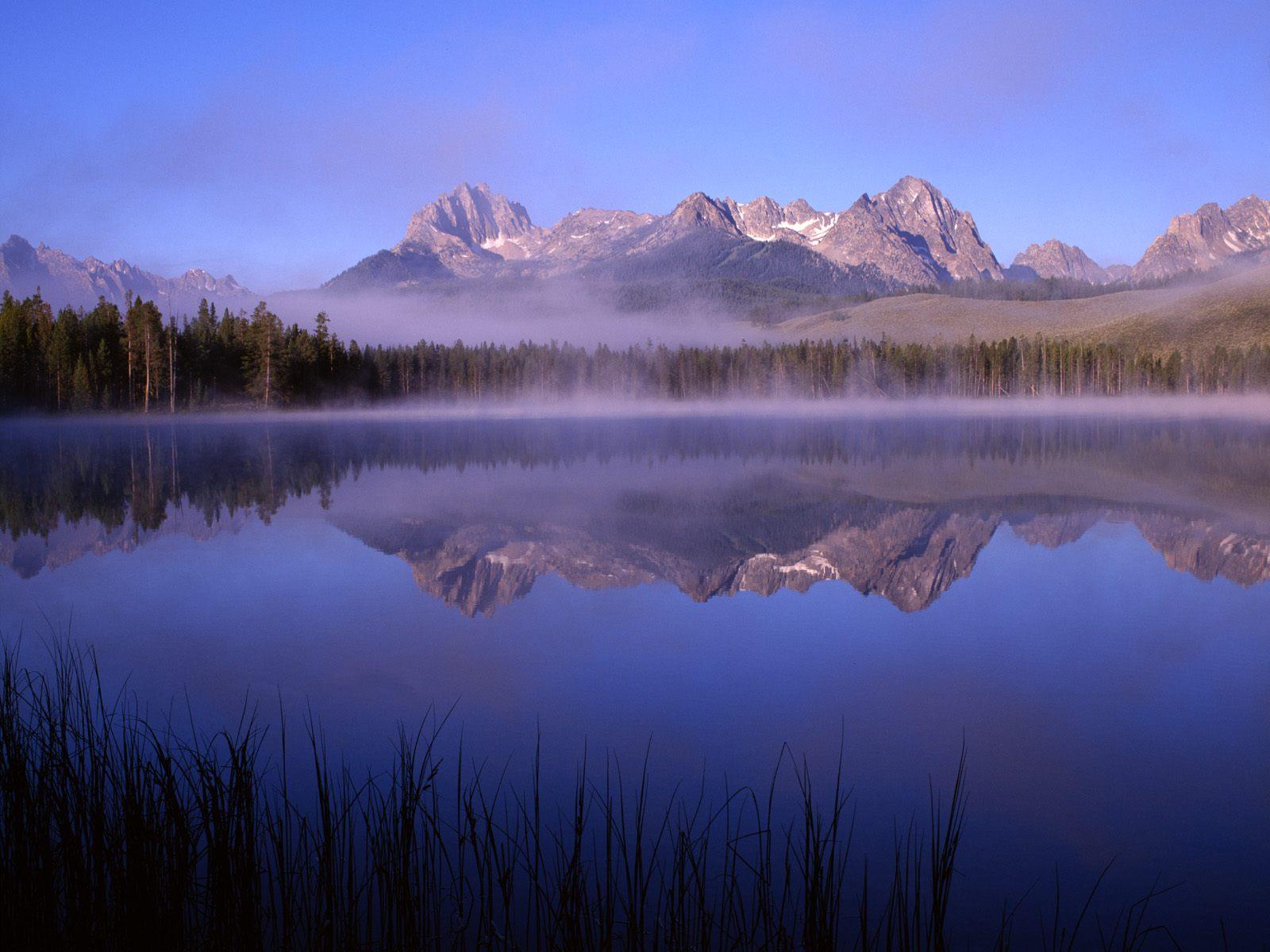 beautiful-lakes-wallpapers-005