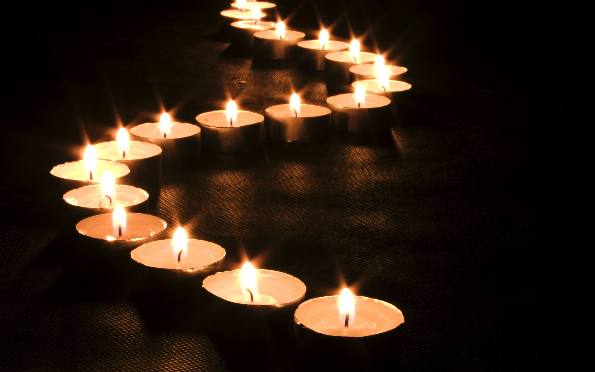 Warm and Love Candle HD Wallpaper